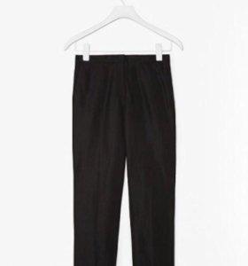 Классические чёрные брюки COS