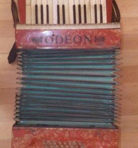 Аккордеон Odeon трофейный