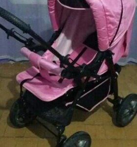 Пртдам коляску для девочки