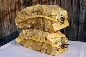 Дрова колотые лиственных пород в сетках