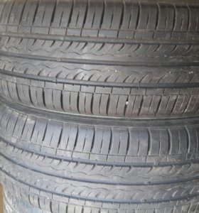 2 шины Кумхо 205/60 R16
