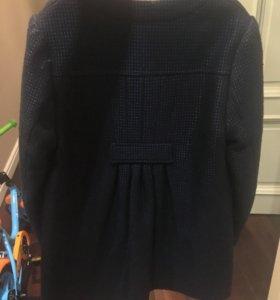 Весенне пальто на девочку