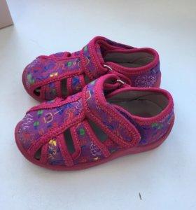 Туфли, босоножки Kapika