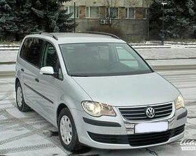 Volkswagen Touran 1.4МТ, 2008, минивэн