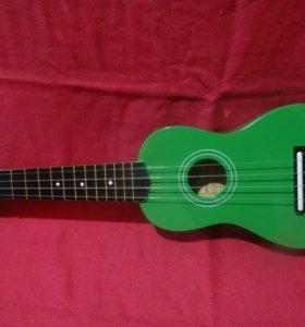 Зеленая укулеле
