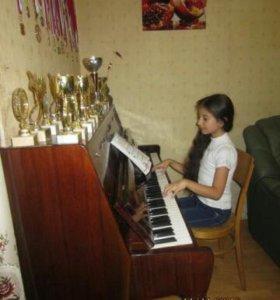 Даю уроки игры на фортепиано