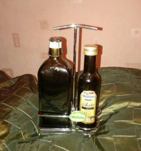 Подставка с бутылками