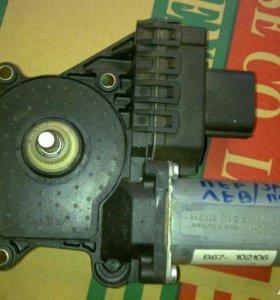 Ford Focus 1 Моторчик стеклоподъемника