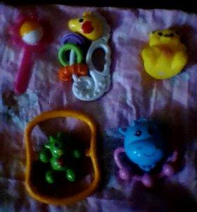Децкие игрушки