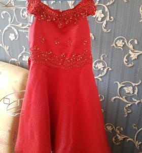 Платье на довочку