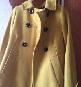 Пальто,торг уместен