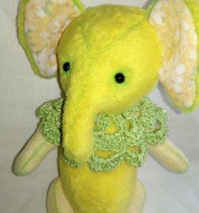 Слон Лимончик