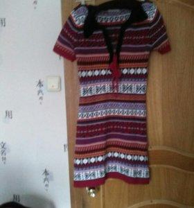 Теплое красивое платье