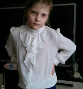 Блузка школьная новая