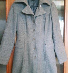 Пальто шерстяное приталенное