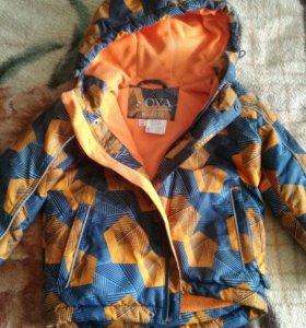 Осенняя куртка на мальчика 98см