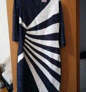 Платье нарядное ,размер44-46