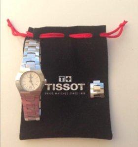 Tissot женские часы.