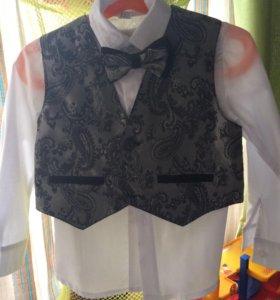 Рубашка с жилетом и галстуком-бабочка