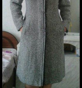пальто.Договорная цена