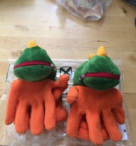 Детские перчатки динозаврики