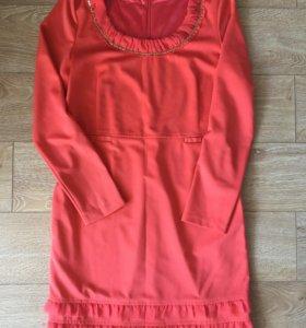 Трикотажное платье на подкладке