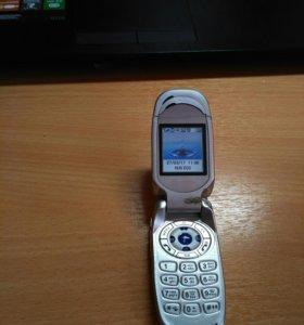 Телефон Pantech G600