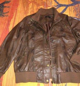 Новая кожаная женская куртка 56 размер, Seppala