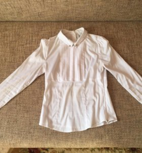 Красивая блузка senori