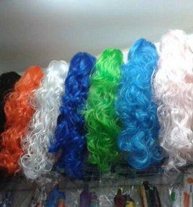 Парики карнавалтные, разные цвета