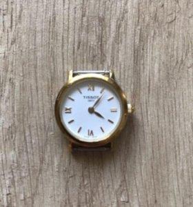 Часы женские Tissot.