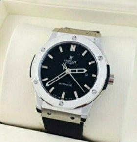 Мужские часы Hublot Classic Silver.