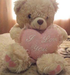 Мишка с сердечком мягкая +подарок