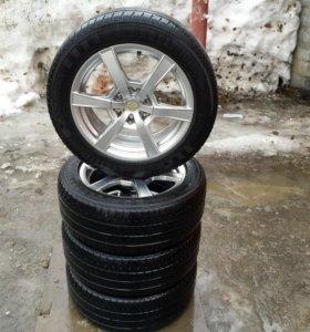 Комплект колёс 205/55R16 летние литые