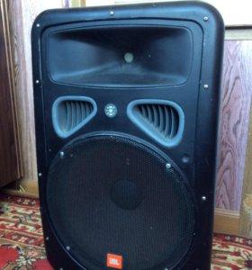 JBL Eon 15 Активная акустическая система