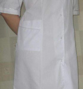 Медицинский халат и костюмы