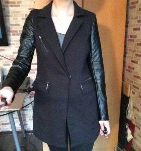 Пиджак пальто с кожаными рукавами