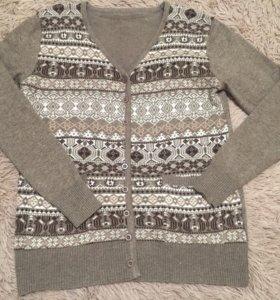 Новый свитер ,48,50,52