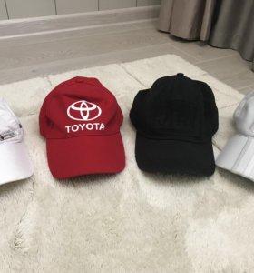 4 кепки