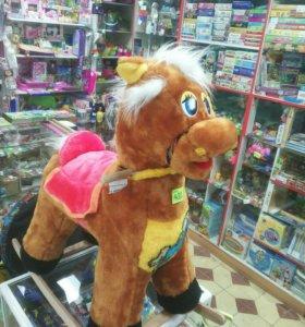 Лошадь - качалка новая