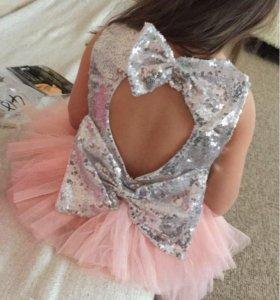 Платье 116 см.