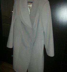 Пальто демисезонное 56 р-р