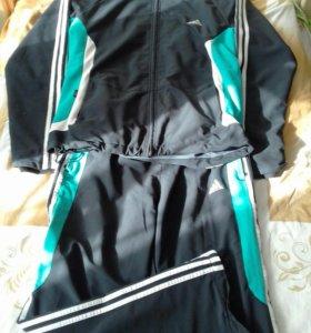 Спортивный костюм(adidas)