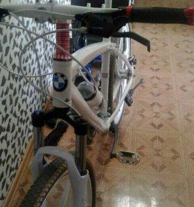Продам велосипед bmw x1(новый)