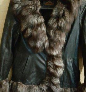 Куртка кожи с натуральной мех