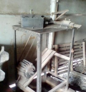 Станок для изготовления сетки рабицы