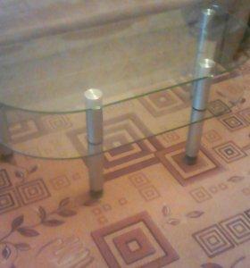 Журнальный стол стеклянный