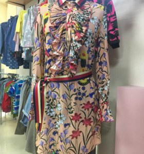 Платье новое три размера s,m,l.