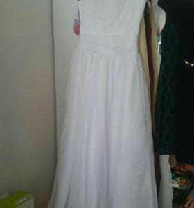 Платье свадебное новое 46