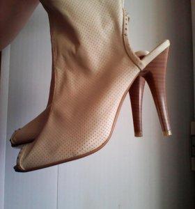 Босоножки, туфли,